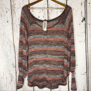 •Free People•Lightweight Pullover Sweater•M